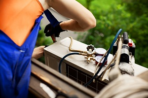 Air Conditioning Installation Brisbane Technician to Hire